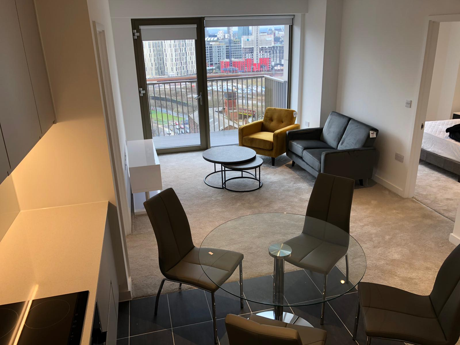 BRAND NEW! Two Bedroom Apartment on 13th Floor at Local Crescent in Salford Manchester M5