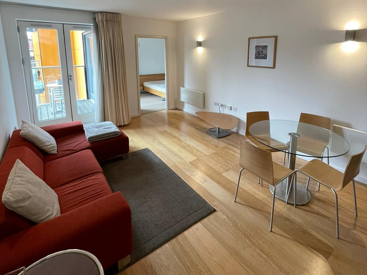 Two Bedroom Apartment at Skyline Central in Northern Quarter Manchester M4
