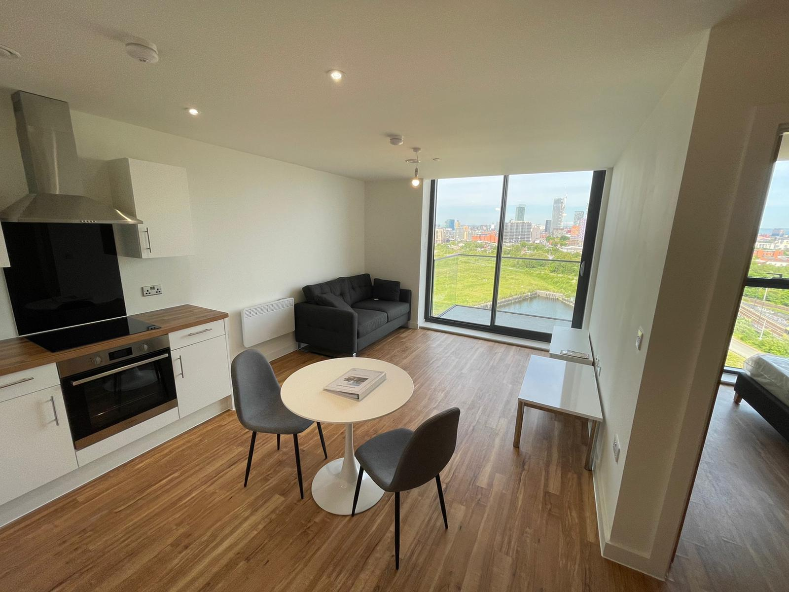 Stunning One Bedroom Apartment For Rent At X1 Manchester Waters M16